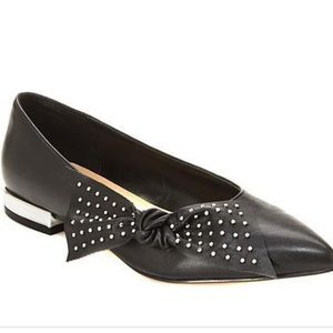 Studded bow pointed flats!!😁